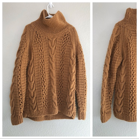 35f8d91a85 handmade Sweaters - Oversized chunky fisherman brown sweater Large